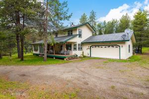 695 Eagle Dr, Spirit Lake, ID 83869