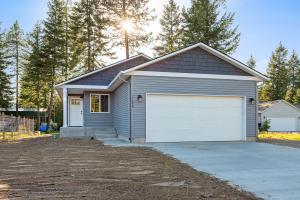 31597 N STILSON AVE, Spirit Lake, ID 83869