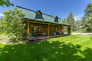 6797 Clagstone Rd, Spirit Lake, ID 83869