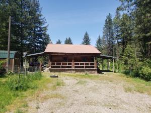 3719 Pine Creek RD, Pinehurst, ID 83850