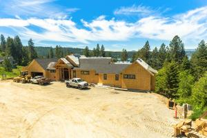 5572 E Yellowstone Trail, Coeur d'Alene, ID 83814
