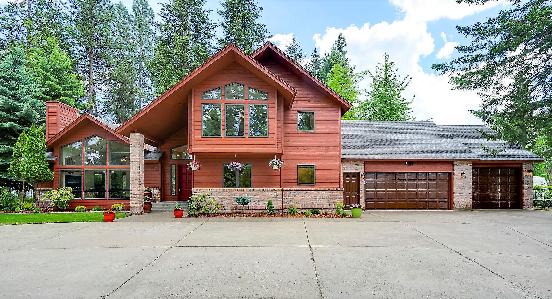 photo of 1670 E HAYDEN AVE Hayden Lake Idaho 83835
