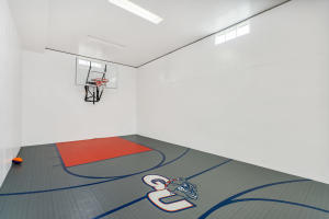 510 Sq.Ft. Indoor Basketball Court