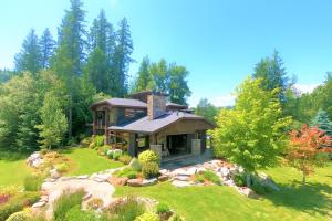216 Clubhouse Way, Sandpoint, ID 83864