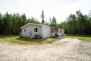 270 Sierra LN, Spirit Lake, ID 83869