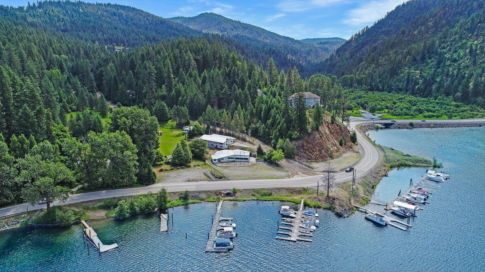 photo of 8049 E Beauty Bay Dr  Coeur d'Alene Idaho 83814