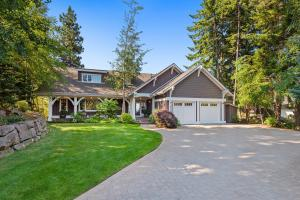 Easy Level Entry Waterfront Home