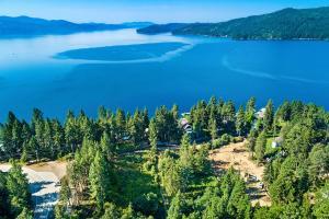 Beautiful Lake Coeur d'Alene