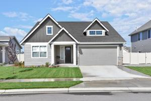 3024 N Cyprus Fox Lp, Post Falls, ID 83854