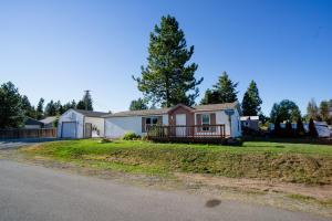 5627 W JEFFERSON ST, Spirit Lake, ID 83869