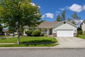 1835 N WILLAMETTE DR, Post Falls, ID 83854