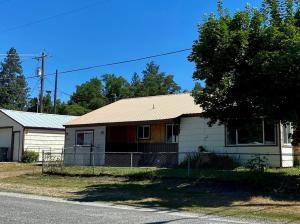 125 2nd Ave, Priest River, ID 83856
