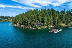 411 Feet of Waterfront on 2 acre