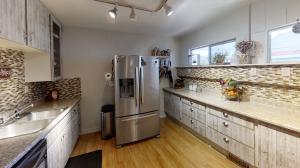 921-N-5th-Kitchen