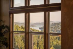 LR windows