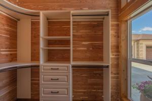 his M closet