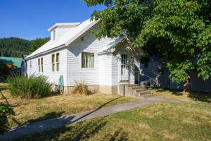116 W Yellowstone Ave, Silverton, ID 83867