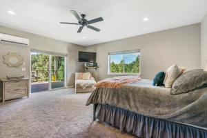19Master bedroom-SMALL