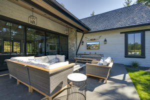 42-1Back patio-SMALL