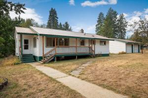 1408 Bodie Canyon Rd, Priest River, ID 83856