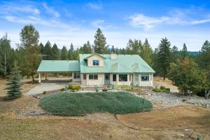 216 W Diamond Heights Rd, Oldtown, ID 83822