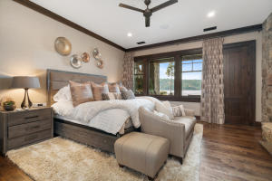 23 Master Bedroom.jpg-SMALL
