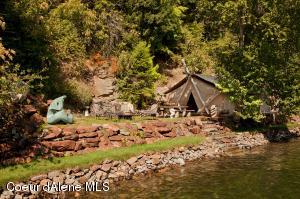 Seasonal Lakefront Tents