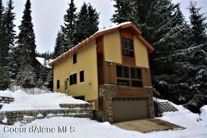 308 Ullr Dr, Sandpoint, ID 83864