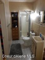 Rental unit bathroom