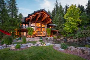 Lakeside Rear House View