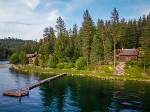 Guest House & own dock aerial