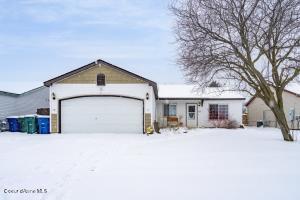 1008 E Teton Ave, Post Falls, ID 83854