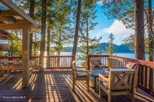 Sensational Lake and Mountain Views from L Shaped Open Deck