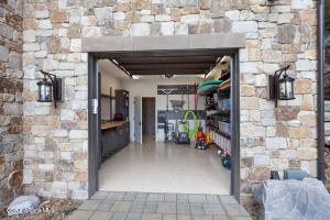 Water Toy Storage Garage