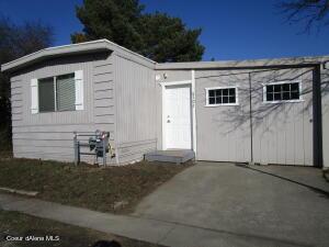 8502 N SUNNY LN, Hayden, ID 83835
