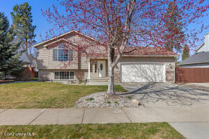 1217 W Canfield Ave, Coeur d'Alene, ID 83815