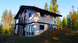48 Coyote Way, Bonners Ferry, ID 83805