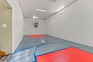 510 Sq.Ft. Indoor Basketball Court