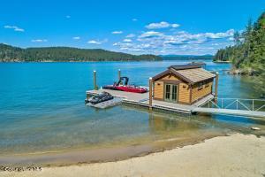 Boathouse & Dock