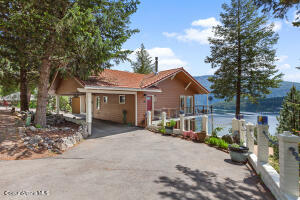 17956 E Duwamish Dr, Bayview, ID 83803