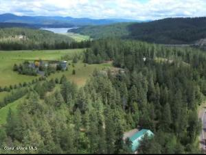 Private Home in Cul-de-sac. 12 minutes from downtown CDA.