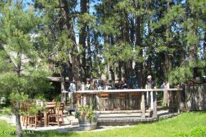 Gozzer Ranch Outdoor Bar