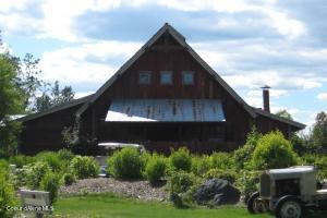 Gozzer Ranch Red Barn Kids Club