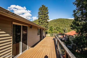 43_Backyard Deck