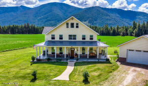 3345 Paradise Valley Rd, Bonners Ferry, ID 83805