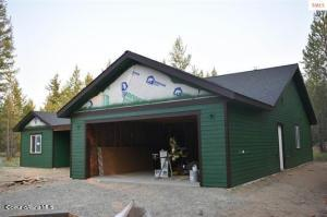 640 Champs Rd, Bonners Ferry, ID 83805