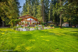 83 E Lakeview Blvd, Priest River, ID 83856