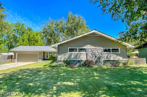 605 S Olive Ave, Sandpoint, ID 83864