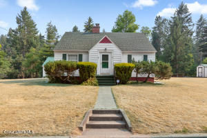 1520 E Young Ave, Coeur d