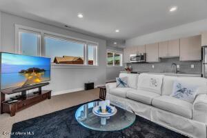 Guest Quarters - Living Room